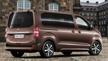 operativny leasing toyota proace verso